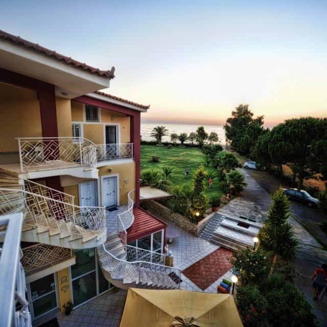 Irida Resort Suites